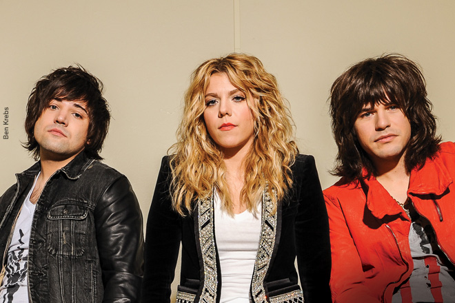 The-Band-Perry-Issue-No26
