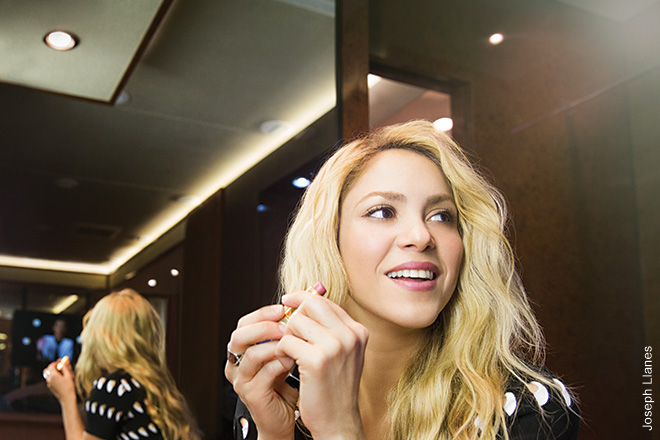 Shakira, 2012 Shakira was in L.A. getting ready to perform at an awards show. She's in her dressing room, applying her lipstick. There's one thing you notice around Shakira—everyone adores her, from her makeup team to her hair stylist to her security.