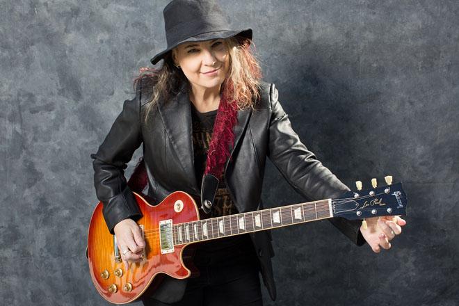 Janet Robin-01
