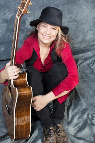 Janet Robin-08
