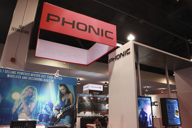 493-PHONIC-2000-res