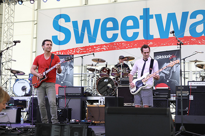 Dweezil Zappa performs at the close of day one in the Sweetwater pavilion.