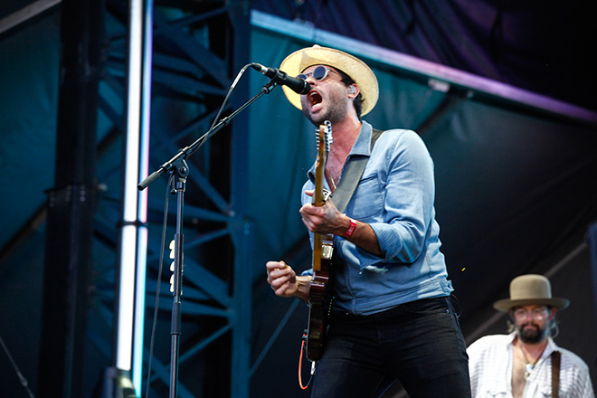 jonathan russell the head and the heart bonnaroo live 20173604
