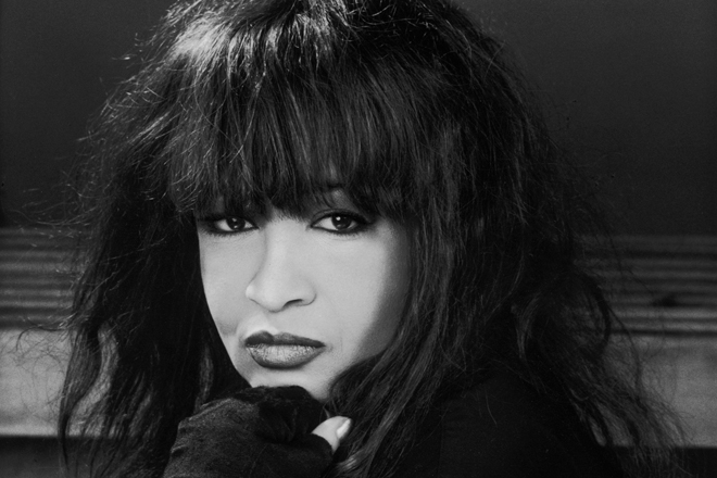 Ronnie Spector-17 - RS53 - Photo credit Debra Greenfield