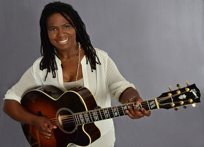 Ruthie Foster-08 - photo credit Mary Keating-Bruton-660